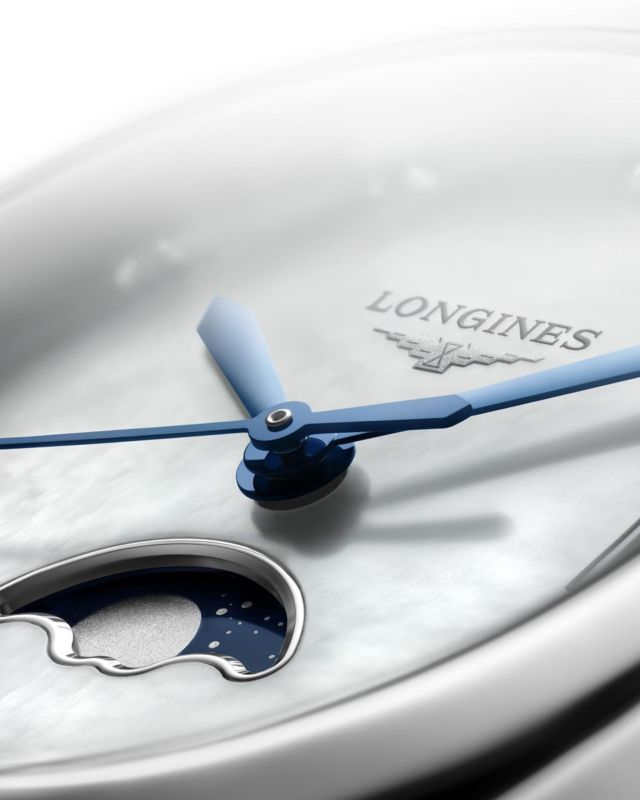 The Longines PrimaLuna is #WinterWonders Available with Diamonds, Mother of Pearl and a magical moon phase.  @longines #EleganceIsAnAttitude #PrimaLuna #Longines @asemankello #AuthorizedDealer #kluuvikatu4 #kämpgalleria #aleksanterinkatu50